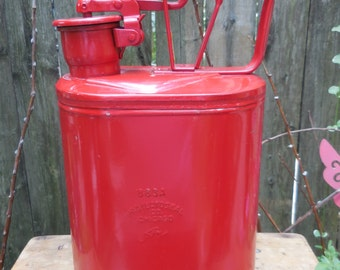 Vintage Protecto Sealed Gas Can one gallon unused!