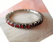 """Vintage 30 Ruby Red Faceted Stones ETERNITY RING, Stones All the Way Around Ring, All Prong Set.   Size 6 1/4"""".   Only 29.90"""