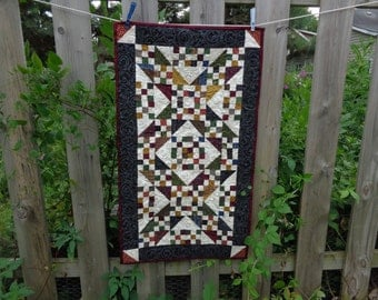 Country Quilt, Scrappy Table Runner, Jacob's Ladder Runner 0725-02