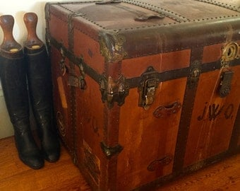 Antique  trunk - suit case