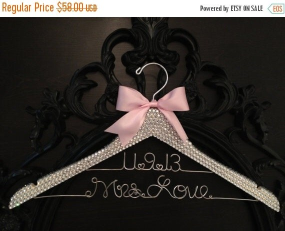 LABOR DAY SALE Bridal Bling Hanger with Wedding Date / Glamorous Wedding Hanger / Personalized Bridal Hanger / Brides Hanger / Wedding Dress