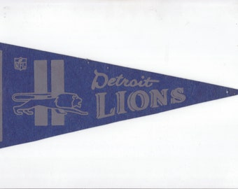 Vintage Pennant Detroit Lions Football Team 1970s Era NFL Small Mini Felt Pennant Banner Flag vtg Collectible Vintage Display Sports