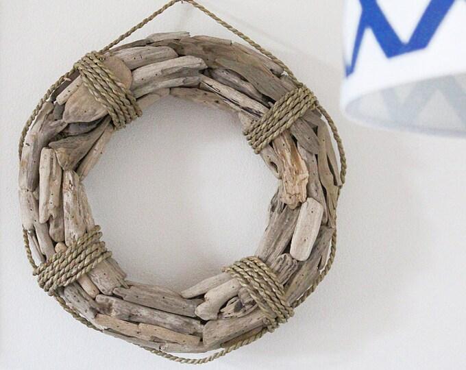 """Driftwood Wreath, 25"""" Beach Décor"""