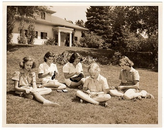 Vintage Sepia Photo, Girls Doing Crafts, Lacing, Camp Photo, San Luis Ranch Camp, Colorado Springs Photo, Stewart's Commercial Photographers