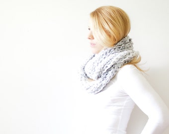 chunky crochet infinity scarf - marble white - the ALBERTA