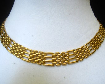 SALE NAPIER Vintage Mesh & Fence Link Choker Necklace with Substantial Fold Over Clasp.  Signed.