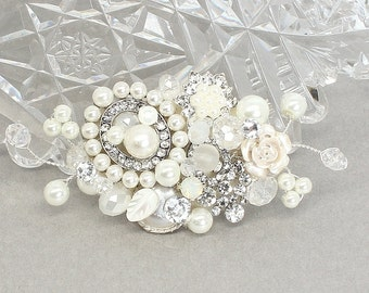 Bridal Hair Comb- Petite Hair comb- Wedding Hair Accessories- Small Pearl Bridal Comb-Bridal Hair Accessories-Fascinator-Brass Boheme-Lovely