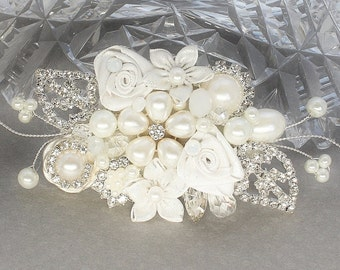 Rhinestone and Pearl Hair Comb- Off white bridal comb- Bridal Hair accessory- Rhinestone Hair Piece- Pearl Bridal Comb- Floral Bridal Comb