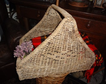 Farm House CHIPPY WICKER BASKET