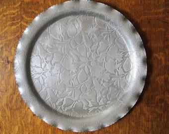 Mid Century Large Hammered Aluminum Serving Tray,  Leaves, Federal Florette Design, Vintage, c.1950