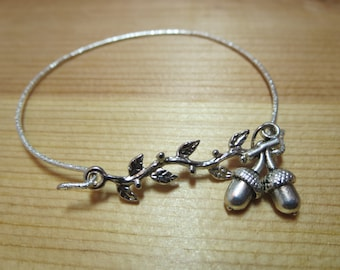 A Tiny Acorn anklet- Botanical jewelry, Acorn jewelry and Free gift