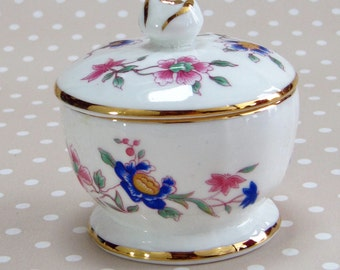 Vintage Floral Flower Hammersley Fine Bone China Trinket Box Made in England with lid