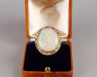 Outstanding Deco 8.00 Ct Confetti opal and rose cut diamond rare ring