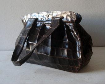 FOUND in SPAIN -- Beautiful vintage handbag