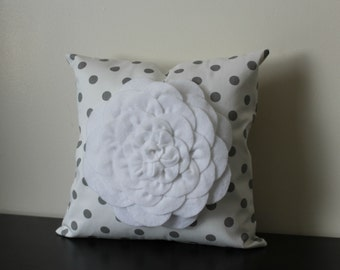 Decorative Throw Pillow, White Mum Flower on White Polka Dot Pillow Cover, Accent Pillow, Toss Pillow, Bedroom Pillow,Sofa Pillow