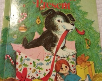 Polly's Christmas Present ( The Christmas Puppy) children's book