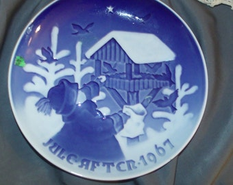 Bing & Grondhal 1967 antique blue-white plate