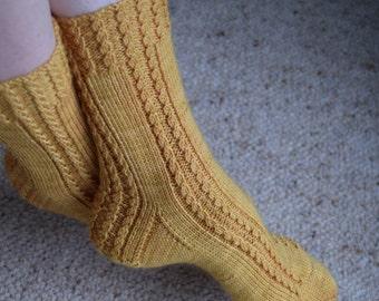Sock Knitting PATTERN PDF, Knitted Socks Pattern - Torquent Socks