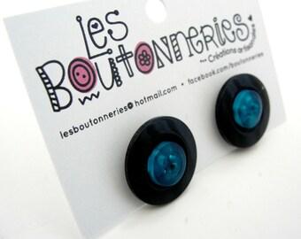 Button's earrings