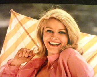 Playboy Centerfold/Poster from May 1967 Playboy Magazine