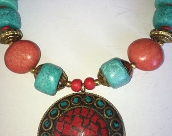 ON SALE  Vintage jewelry ethnic tirquoise and coral necklace
