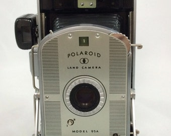 Vintage Original Polaroid Land Camera Model 95A - Beautiful Condition