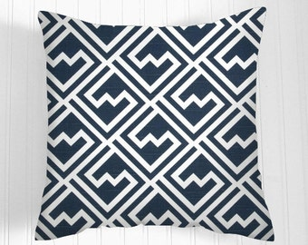 Pillows, Navy Pillow, Decorative Pillows,Pillow Covers  white and navy blue. , Decorative Pillows,, Pillows, Throw Pillow,   Pillow