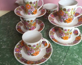 60s Elizabethan Portobello 5 cups/saucers with Creamer and Sugar Bowl