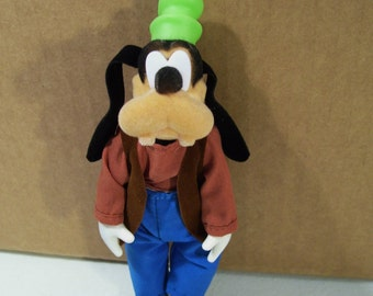 Vintage Disney Mickey & Friends Goofy Action Figure, Sears, 1988, Flocked Head