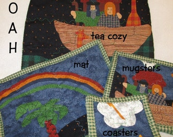 NOAHS ARK Tea Cozy Mugsters and Mat Set Table Décor Gift Item