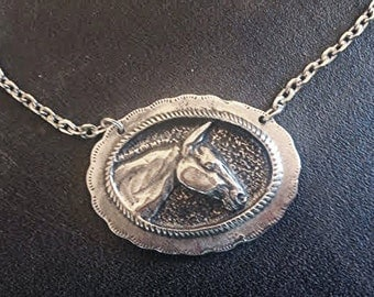 Mule Necklace in pewter