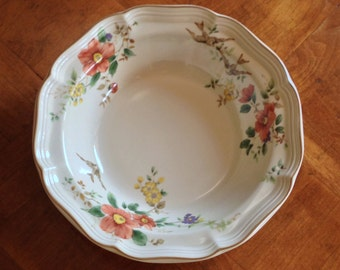 "Mikasa Heritage ""Capistrano""  F2010 Round Vegetable Serving Bowl"