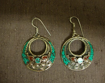 Round Dangle Earrings Turquoise Coral