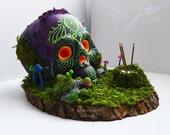 Incense Burner Skull Sculpture // Made To Order // Psychedelic Trippy // Mushrooms // UV Blacklight Reactive / Cone Incense / Zen Meditation