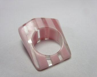 Vintage Pink Lucite Ring