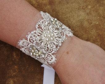 Bridal Off-White Lace Cuff, Rhinestone- Pearls- Lace Wrist Cuff Jewelry,  Rhinestone Embellished Lace Cuff, Bridesmaids Jewelry, Gift~