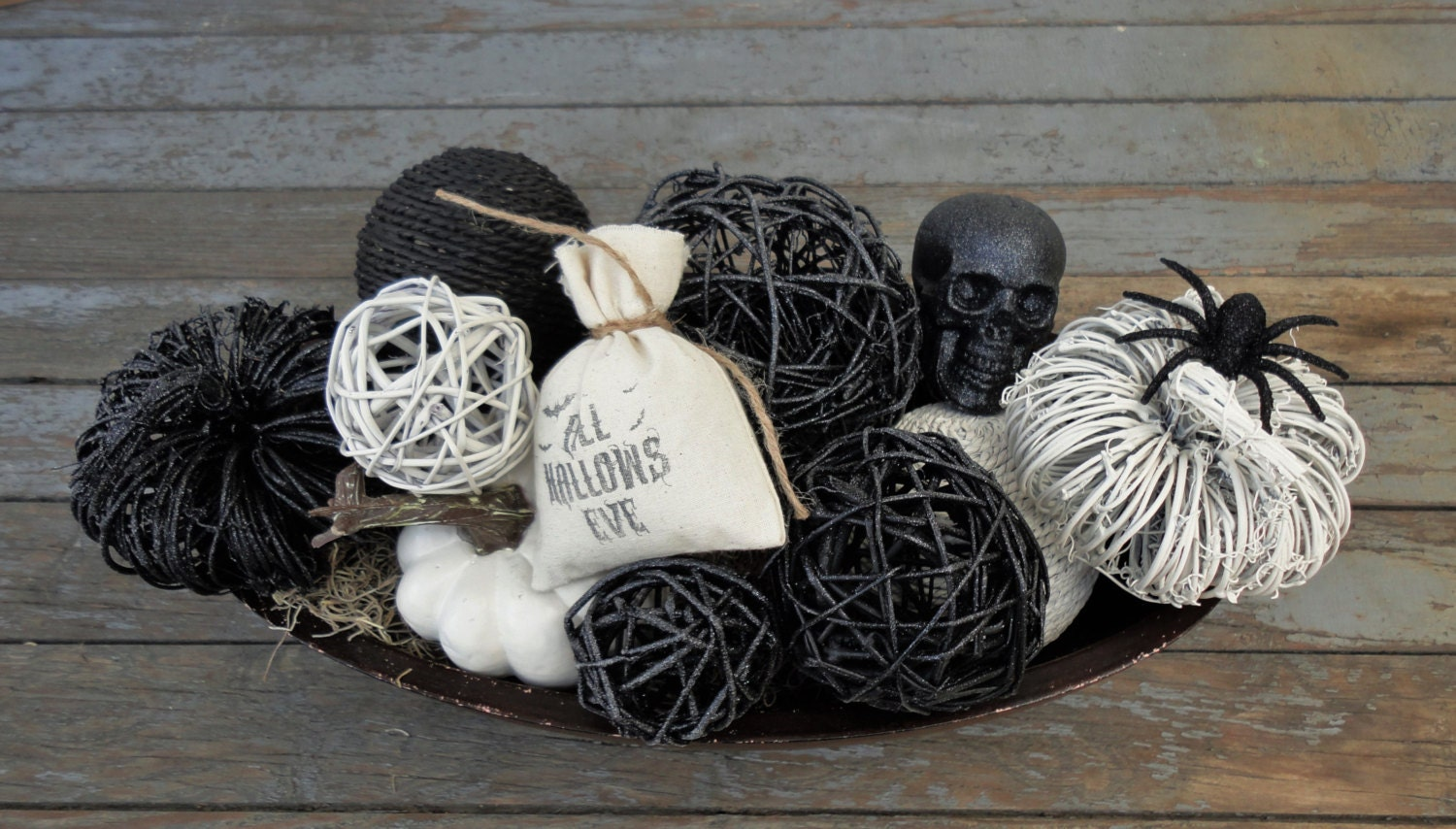 spooky chic bowl filler spooky chic halloween decor. Black Bedroom Furniture Sets. Home Design Ideas