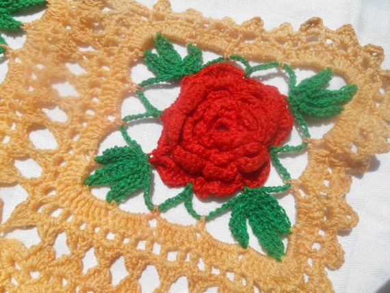 Victorian Red Roses Doily Hand Crocheted Table Center Peach Cotton Crochet Doily #sophieladydeparis