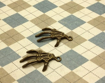 20pcs Antique Bronze Hand Skeleton Charm 20mmx31mm