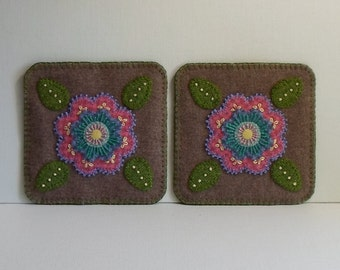 Handmade Felted Wool Pink Purple Flower Mug Mats