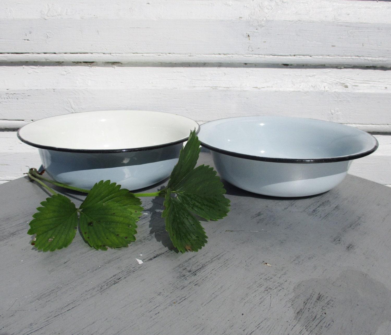 Vintage Kitchen Bowls: Enamel Bowls Home Baking Enamelware Vintage Kitchen Light