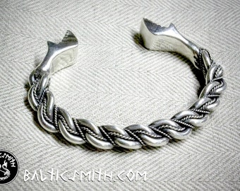 Namejs bracelet with stylized dragon terminals, (9ga.) wire, sterling