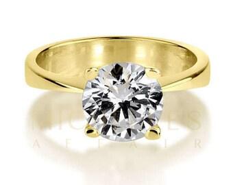Solitaire Diamond Engagement Ring 18 Karat Yellow Gold D VS1 Round Cut 1 1/4 Carat Women Diamond Ring