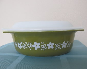 Vintage Pyrex 043 Spring Blossom with lid casserole dish crazy daisy retro mid century kitchen decor 1970's