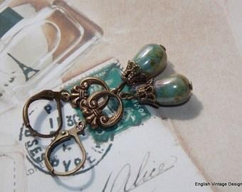 Green Drop Earrings, Czech Glass Earrings, Victorian Style Earrings, Boho Earrings, Dangle Earrings, Vintage Earrings, Handmade Earrings