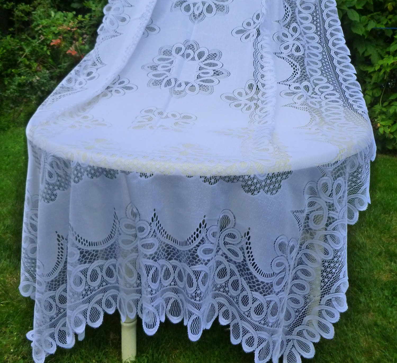 Vintage Snow White 60 x 102 Rectangular Lace Tablecloth