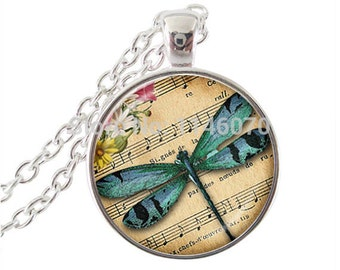dragonfly picture pendant necklace