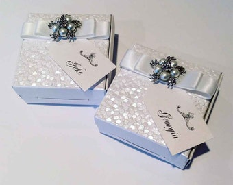 Luxury Wedding Favour Box with Name Tag | Favor Box | Wedding Favors | Party Favours | Luxury Gift Box | Pearls and Crystals | Dior Bow
