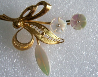 Vintage Floral Brooch. Mother Of Pearl Filigree Flower Pin.