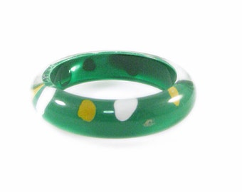 Green, Yellow and White Polka Dot Lucite Ring - Size 6